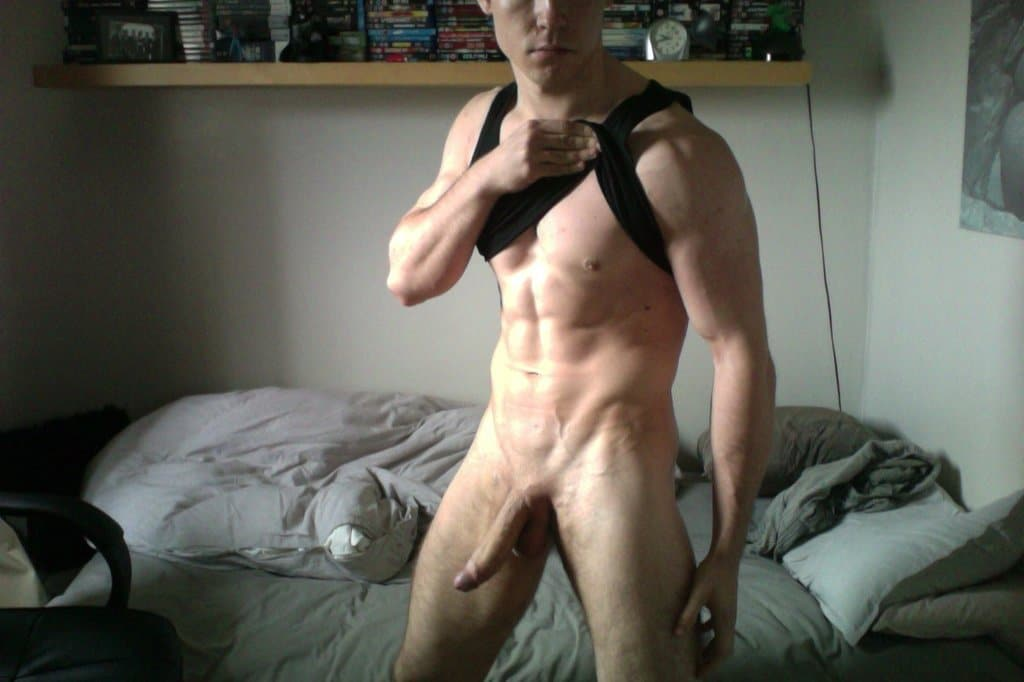 Muscle Boy With Huge Cock